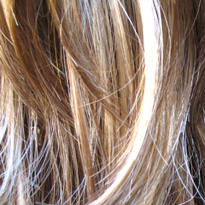 brown hair blonde streaks